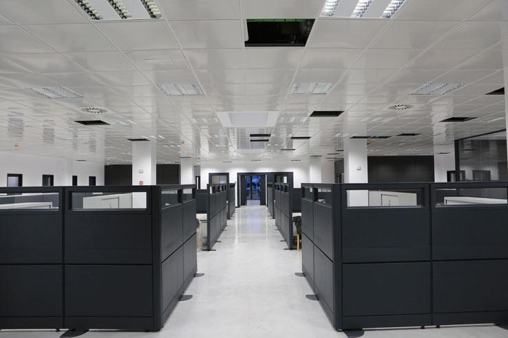 Interior oficina Nave Industrial y Oficinas Sorigué